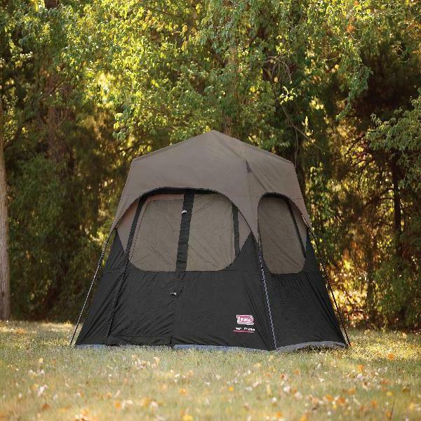Outdoor Rainfly Accessory Setup